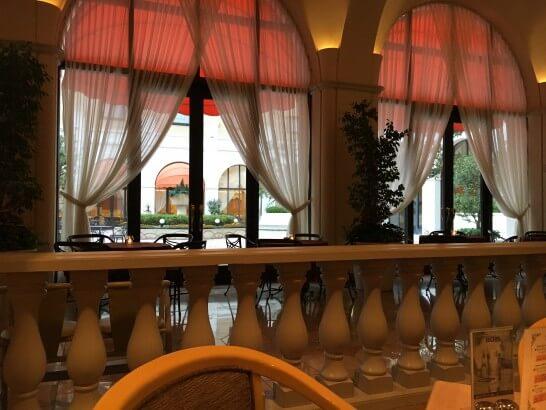 レストランフォンタナの窓からの眺め