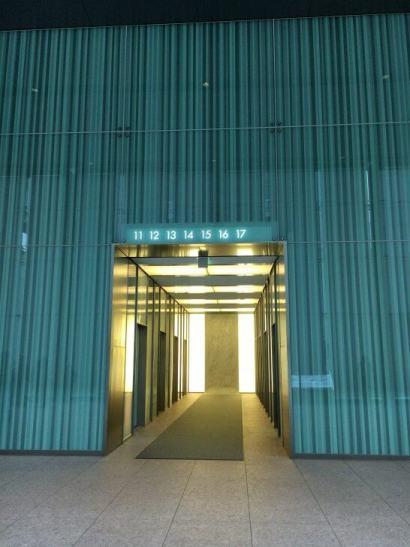 汐留ビルディングのエレベーター