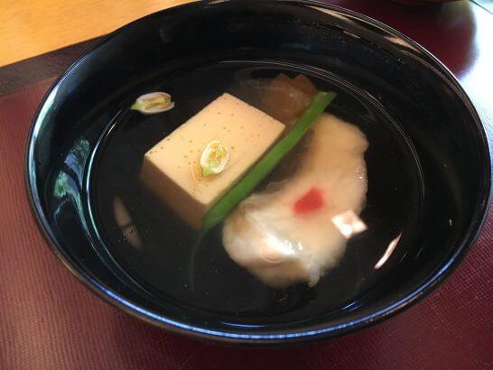 日本料理「はなの」の「なでしこ」の煮物椀