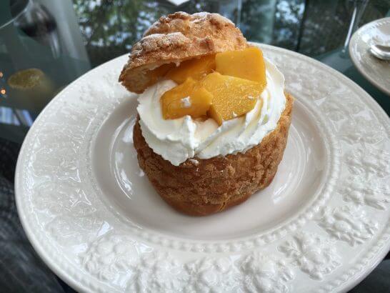 ウェスティンホテル大阪のロビーラウンジのマンゴーのパイシュー