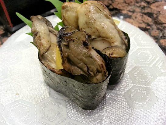 海鮮三崎港の牡蠣寿司