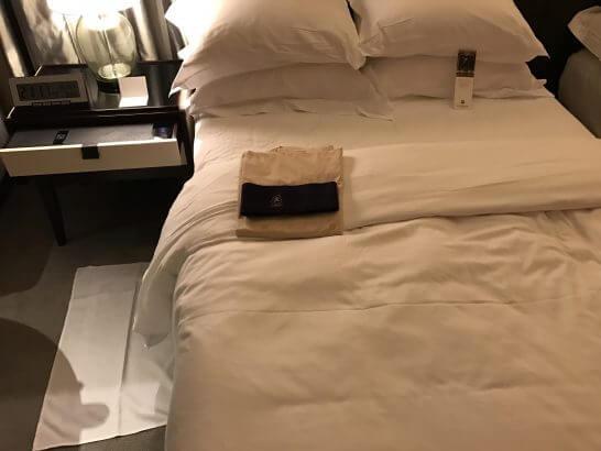 セントレジスホテル大阪のベッド