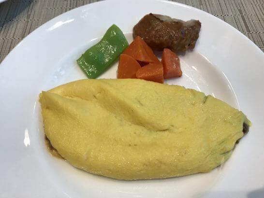 東京ステーションホテルの朝食のオムレツ