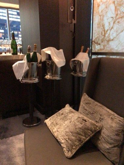 Luxury Social Hour のシャンパン