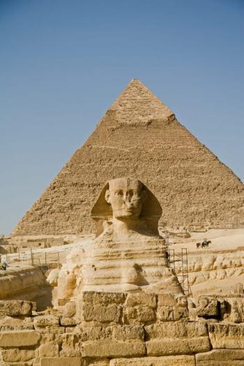 ピラミッドとスフィンクス