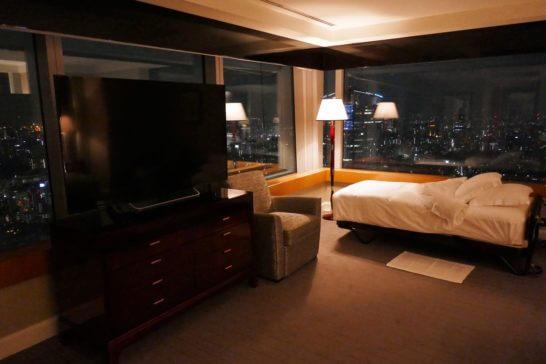 ザ・リッツ・カールトン東京のスイートルームのエキストラベッド
