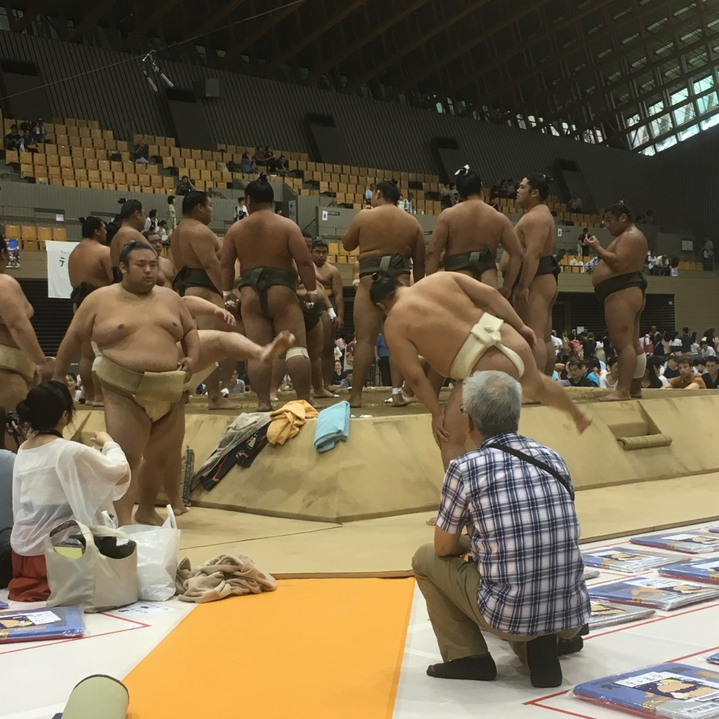 埼玉県所沢市で行われた巡業稽古の様子