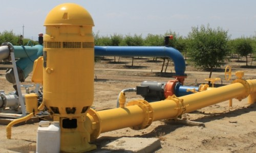 Goundwater pump Central Valley Apr 2015 #1