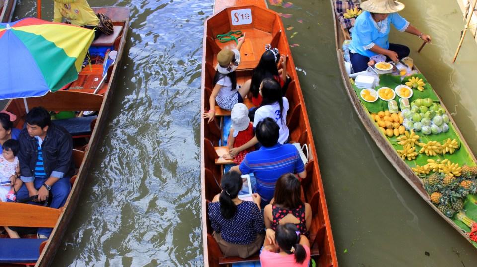 #thailand #thailandtourism #tourismauthorityofthailand #bangkokfloatingvillage