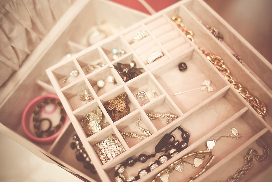 accessories-box-fashion-jewelry
