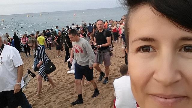Муж уплыл, но через час обещал вернуться) Это Ironman детка!