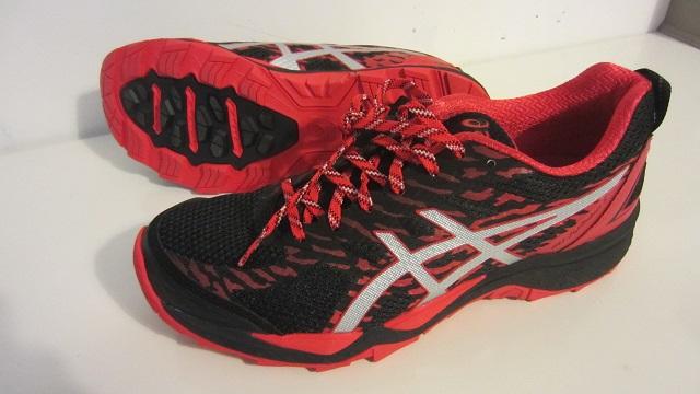 Кроссовки для бега по пересеченной местности Asics Gel-FujiTrabuco 6