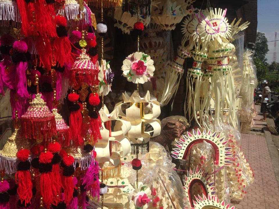 Галунган - украшения и декорации