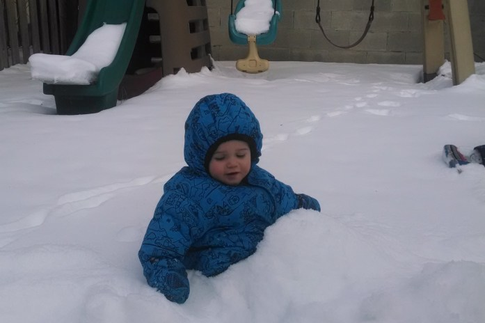 Tips for keeping your baby and toddler warm this winter