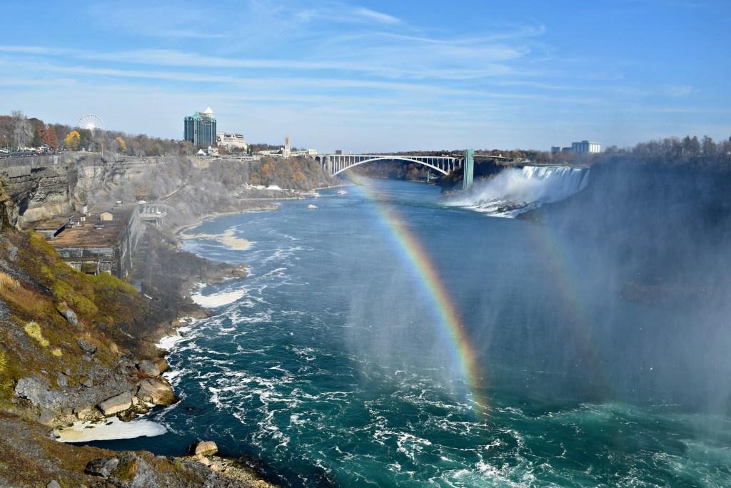 expedia-niagara-falls-double-rainbow
