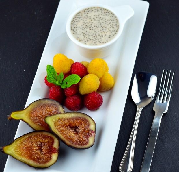 figs and raspberries with cinnamon lemon chia sauce recipe