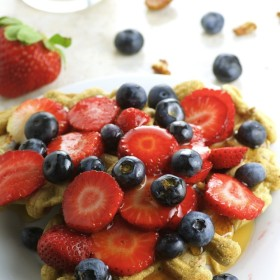 Vegan pecan Waffles - Whole Grain, diairy free, no refined sugar. Super healthy and tasty breakfast