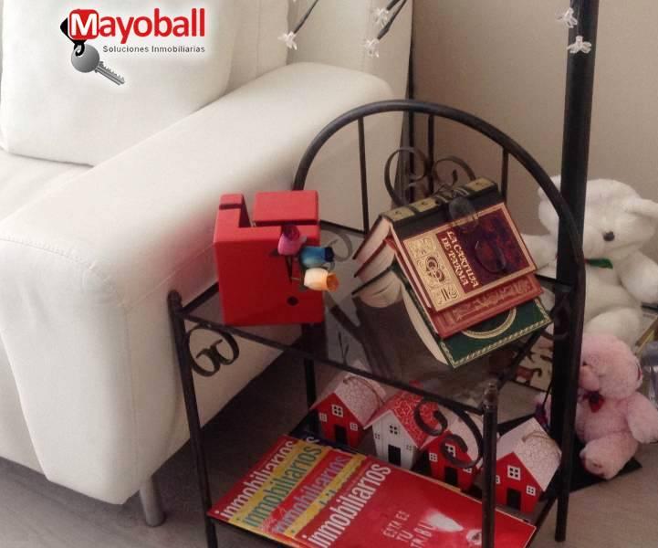 El rincón del juego y la lectura en el despacho...no esperamos a Sant Jordi