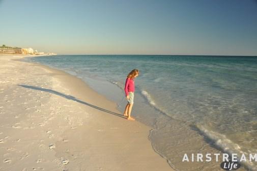 destin-fl-white-sand-beach-2010-11.jpg