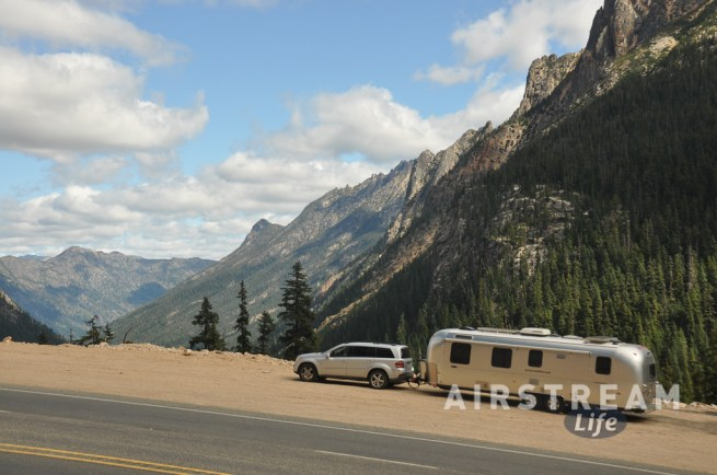north-cascades-airstream-overlook