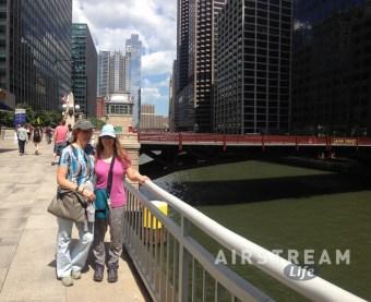 Chicago E&E river