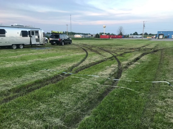 APZ10 field ruts