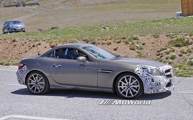 mercedes-benz_slc_450_amg_sport_spy_shots__4_ - Copy