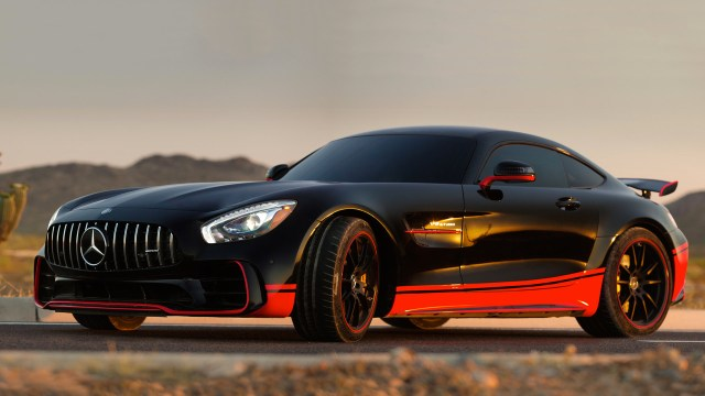mercedes-amg-gt-r-in-transformers