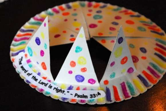 1-#paper plate crown #cubbies bear hug 10 #AWANA crafts-013