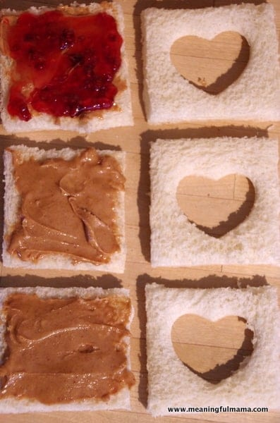 1-#peanutbutter and jelly #valentine treat ideas-005