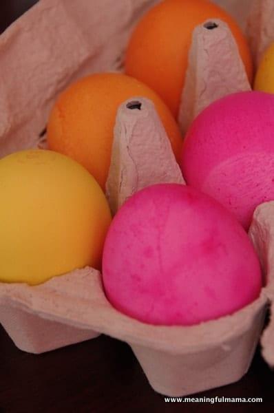 1-Easter Egg Decorating Unique Apr 11, 2014, 10-024