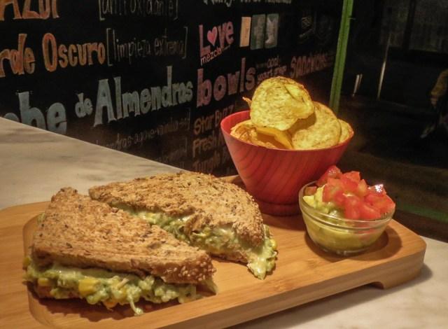 The tuna sandwich at Mezcla Juice Bar makes for a good dinner.