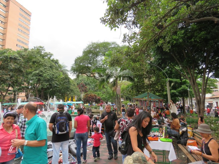 Vendors in Parque Bolívar in front of the church