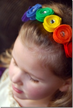 Rainbow felt headband tutorial.