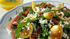 Fig and Arugula Salad with Honey Lemon Dressing \ Pinch of Nutmeg - Featured at the #HomeMattersParty 53