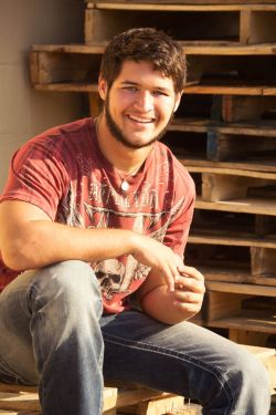 Small Of Senior Picture Ideas For Guys