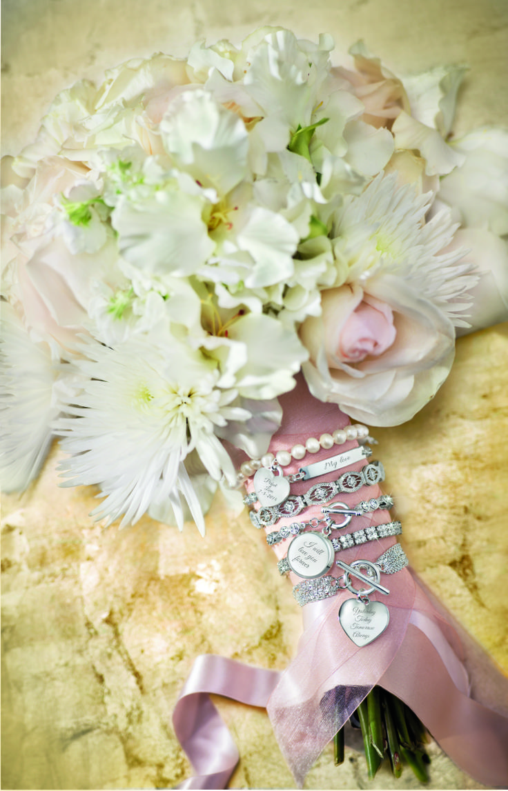 Engraved charms for your bouquet!
