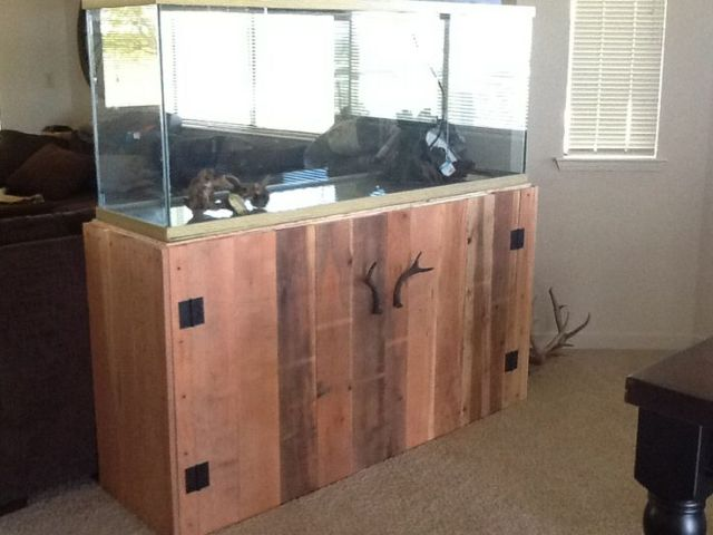 Fish tank stand made out of pallets 2017 fish tank for Custom made fish tanks