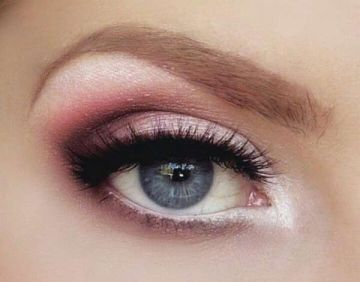 Gorgeous Valentines day eye makeup