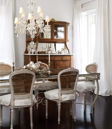 Two-tone dining chairs