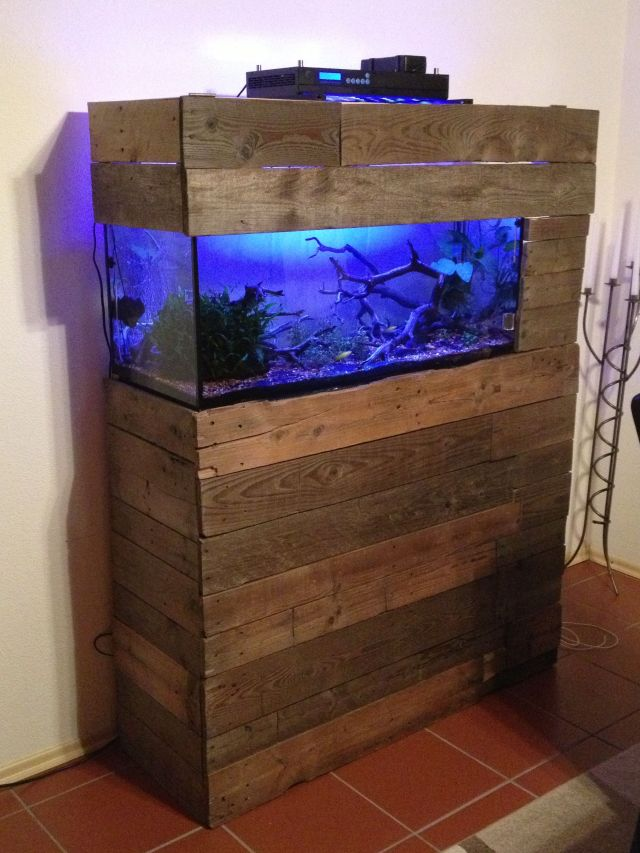Fish tank stand ideas fish tank stand by doubledd for Pallet aquarium stand