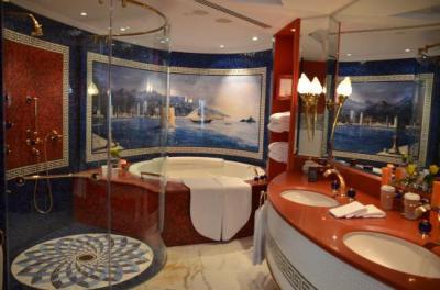 Panoramic One Bedroom Suite, bathroom - Picture of Burj Al Arab Jumeirah, Dubai - TripAdvisor