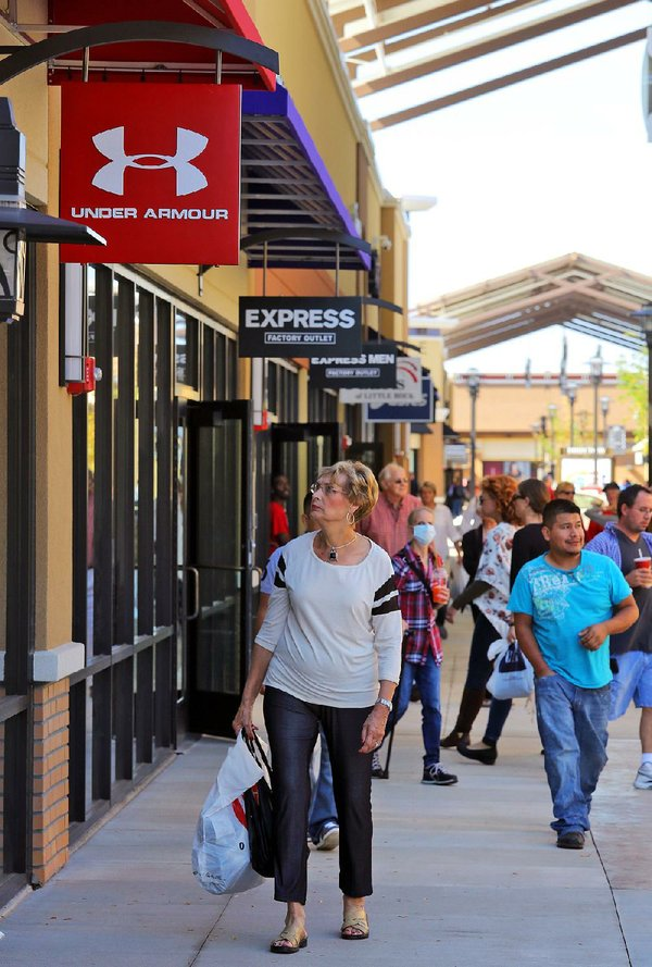 Cookware manufacturer Le Creuset opening outlet store in Little Rock
