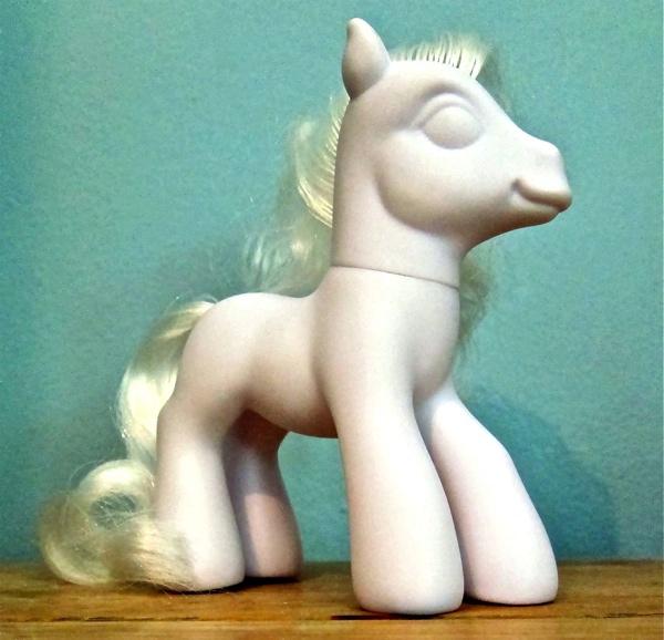 Blank-Pony-1