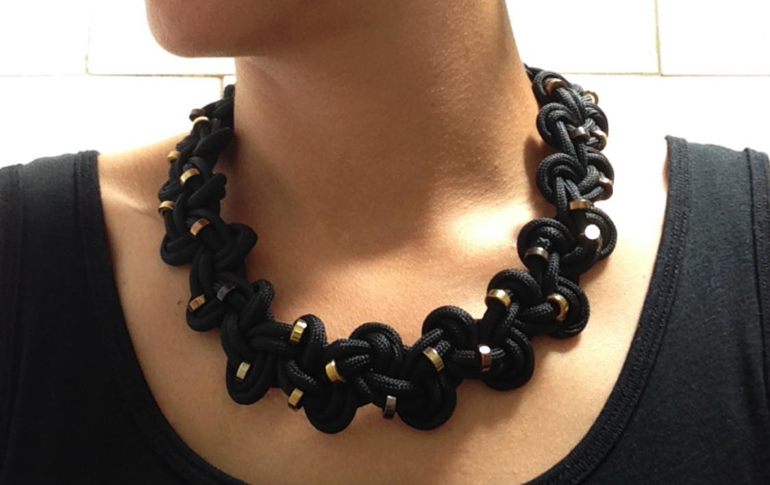 How to make a beautiful moma inspired necklace out of for What can you make out of paracord