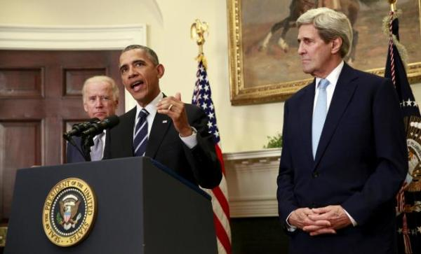 Obama, Biden, and Kerry, speaking about the Keystone XL oil pipeline November 6, 2015.  REUTERS