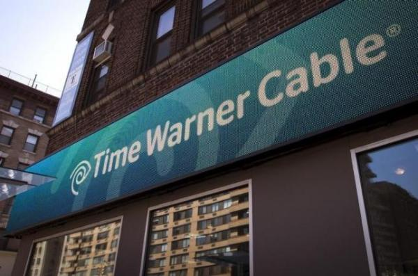 Time Warner Cable store in NYC, May 26, 2015.   REUTERS/Mike Segar