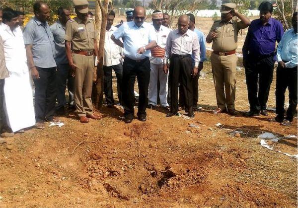 ct-meteorite-kills-man-india-20160208