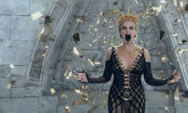 the-huntsman-winters-war-official-trailer-00-640x384