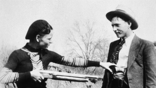 Bonnie-and-Clyde_Lovers-on-the-Lamb_HD_768x432-16x9
